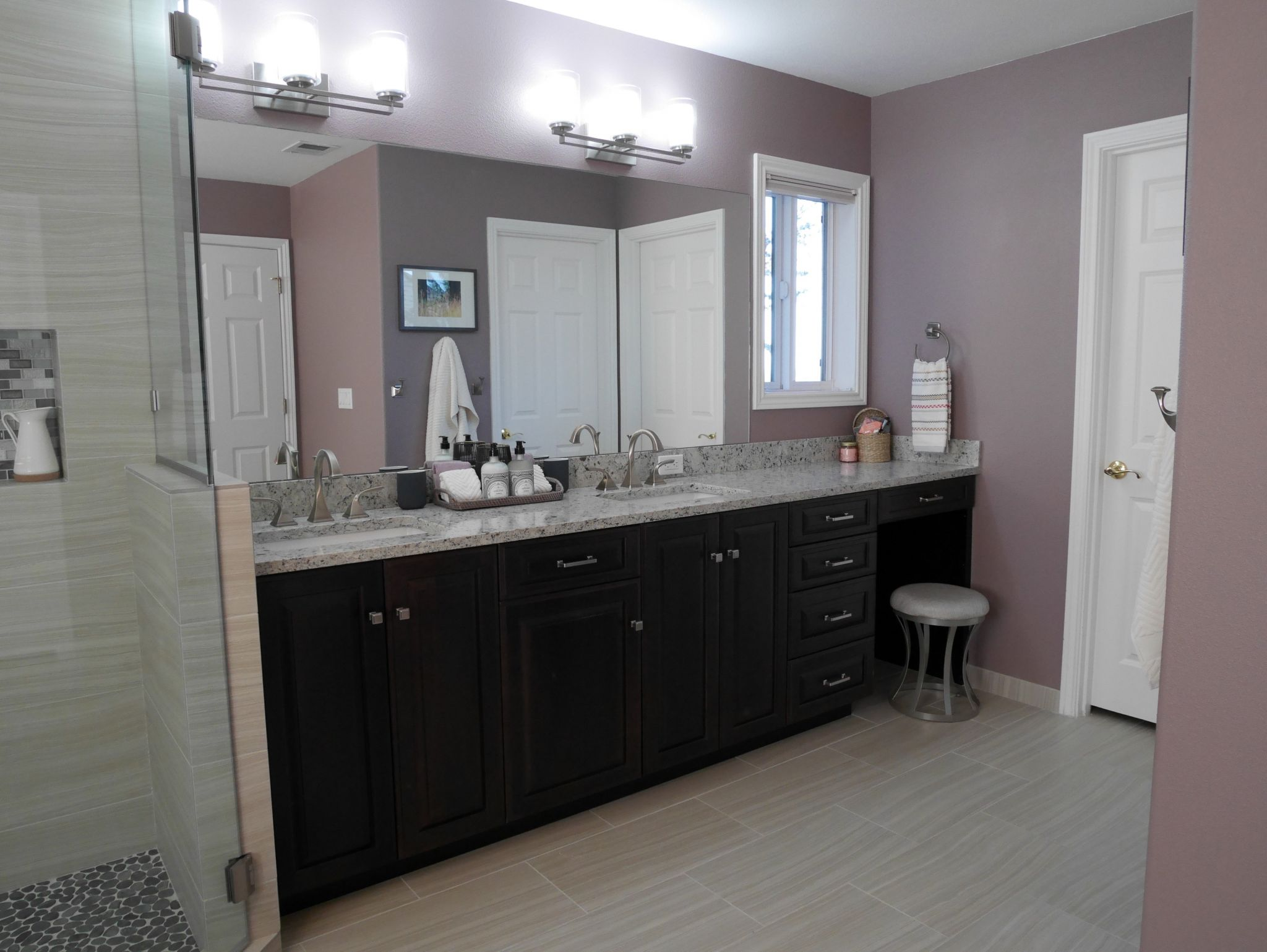 Bathroom with a double vanity and double sinks